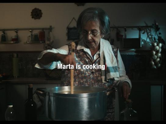 Portuguese Film Academy Film Ad -  Every Word Matters – Kitchen