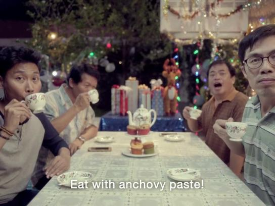 Thai Health Promotion Foundation Film Ad - Giving Liquor = Cursing!