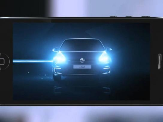 Volkswagen Digital Ad -  Charge up for e-Golf