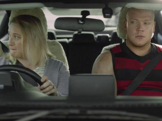 Western Australian Office of Road Safety Film Ad - Time with mum - indicator