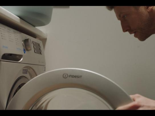 Indesit Integrated Ad - #DoItTogether