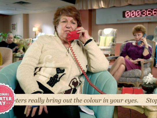 WWF Film Ad -  Granny Call Centre