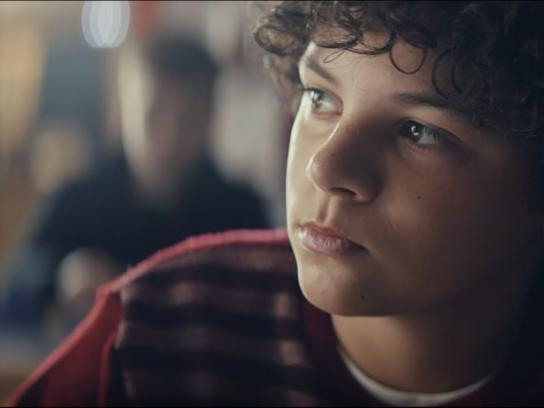 Vodafone Film Ad - Singer