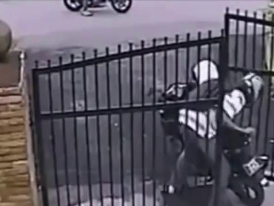Servis Segurança Film Ad - Motorcycle