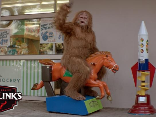 Jack Link's Film Ad -  Messin' with Sasquatch - Heads up