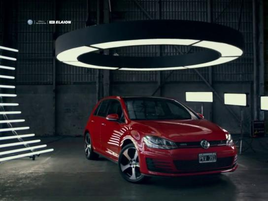 Volkswagen Digital Ad - Slow motion
