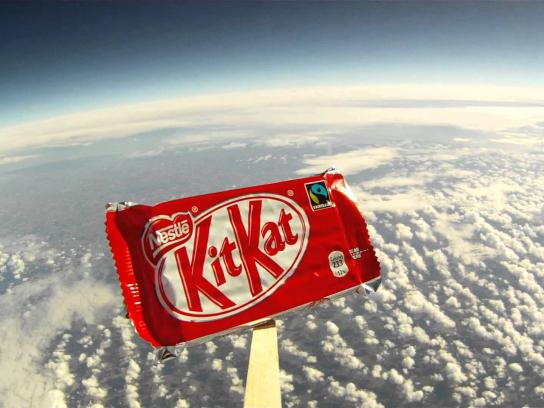 Kit Kat Film Ad -  Goes To Space! #BreakFromGravity