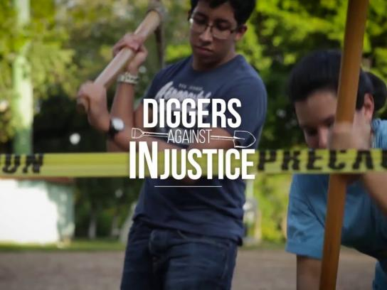 ElFaro.net Ambient Ad - Diggers against injustice