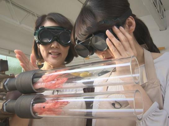 DoCoMo Film Ad -  3 second cooking - shrimp