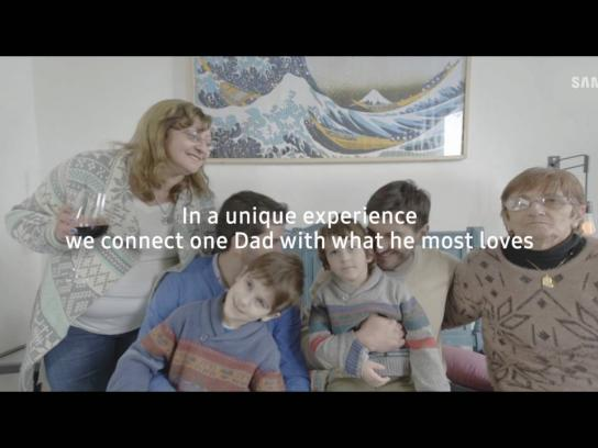 Samsung Ambient Ad - Connected with what you love