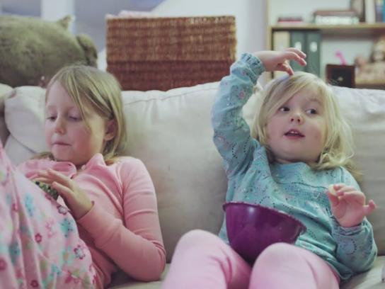 Netflix Digital Ad -  Watch together