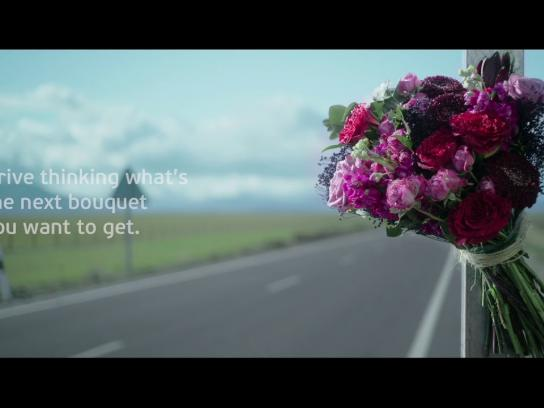 Ponle Freno Film Ad - Bouquets