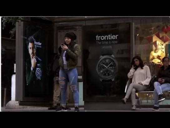 Samsung Outdoor Ad - Smart watch