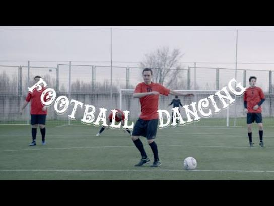 Líbero Film Ad -  Dancing Football - Can Can
