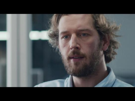 Perrier Digital Ad - Say no to ordinary - Office
