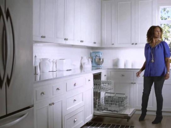 Moen Film Ad -  Dishes