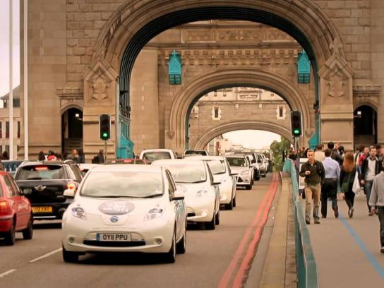Nissan Digital Ad -  The World's Cheapest Taxi Rank
