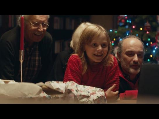 Macy's Film Ad - Believe in the Wonder of Giving