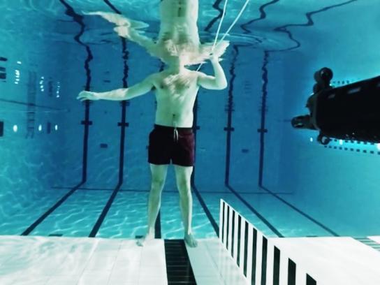 NRK Film Ad -  Firing a gun under water