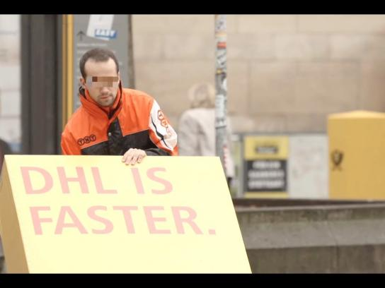 DHL Ambient Ad -  Trojan mailing
