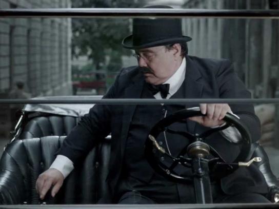 Quebec Automobile Insurance Corporation Film Ad -  Messages