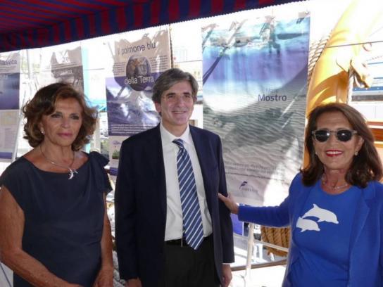 Marevivo Italia Ambient Ad - Mare Mostro
