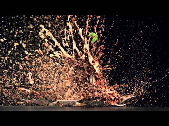 Electrolux Film Ad -  Explosion