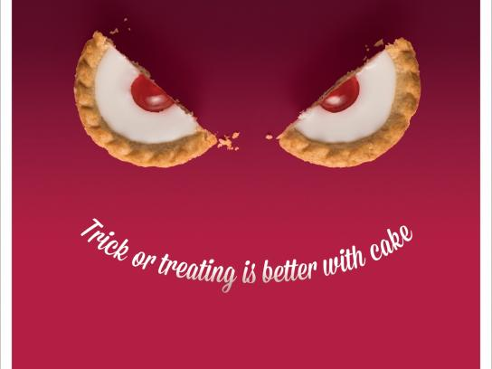 Mr Kipling Print Ad -  Trick or Treat