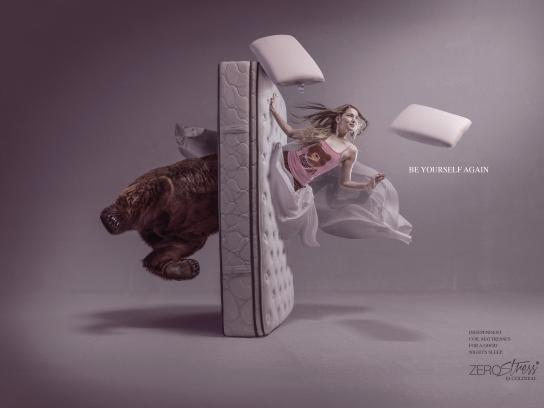 Colineal Print Ad - Bear