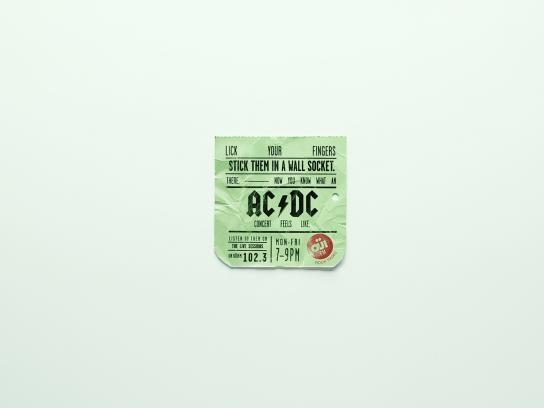 Oui FM Outdoor Ad -  Tickets, 2