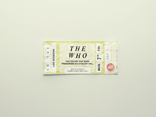 Oui FM Outdoor Ad -  Tickets, 6