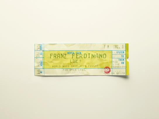 Oui FM Outdoor Ad -  Tickets, 7