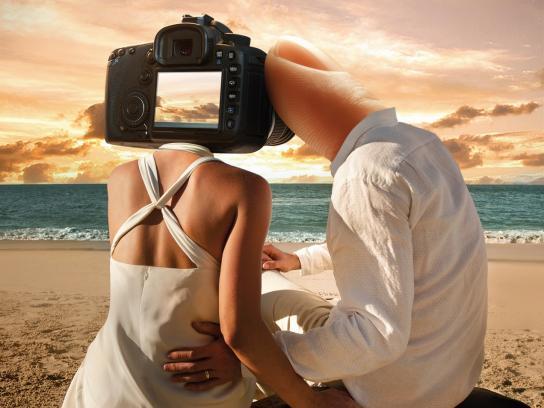 Sonimagfoto Print Ad -  Expert Photolovers