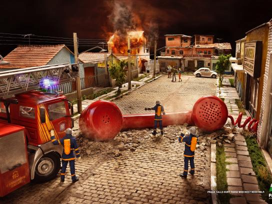 Paraná Print Ad -  Firefighters