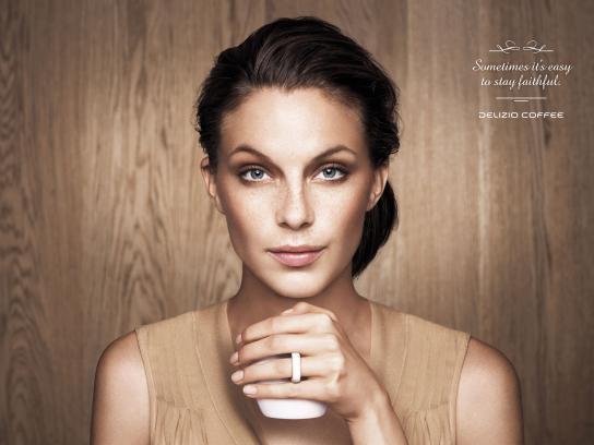 Delizio Print Ad - Wedding Ring - Woman
