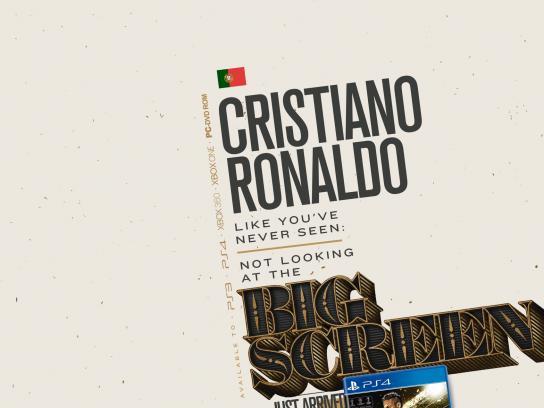 Livrarias Curitiba Print Ad -  Ronaldo