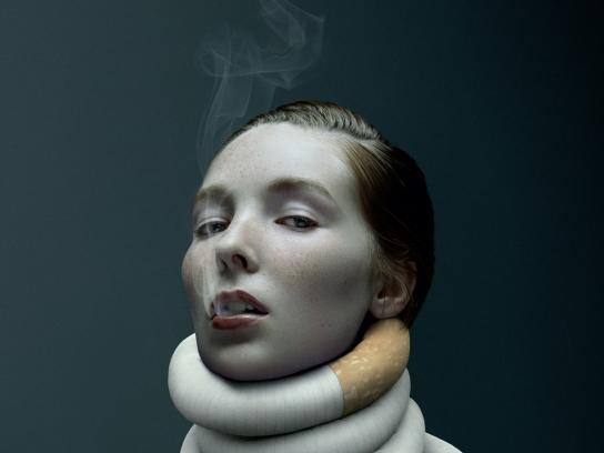 RSEQ / De Facto Print Ad - Nicotine addiction - woman