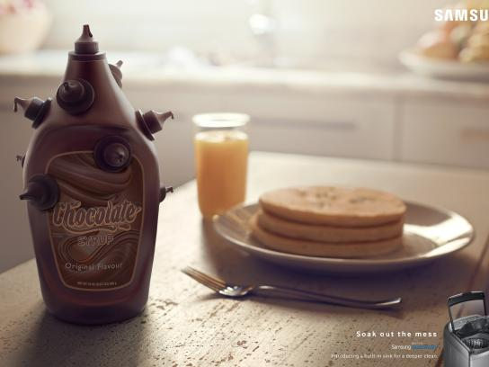 Samsung Print Ad -  Soak out the mess - chocolate