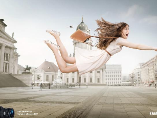 Samsung Print Ad -  Fast autofocus, 3