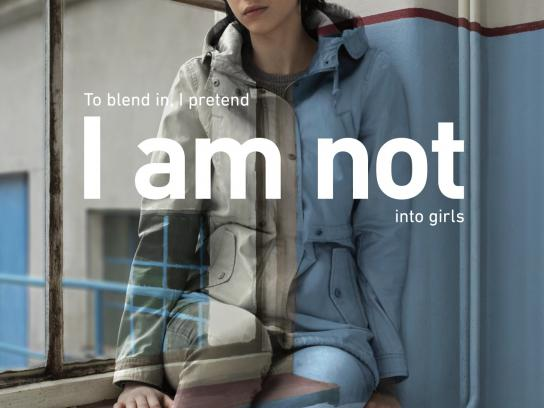 sbarvouven.cz Print Ad -  I am not into girls