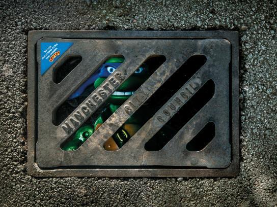 Smyths Ambient Ad -  Ninja Turtles Grid