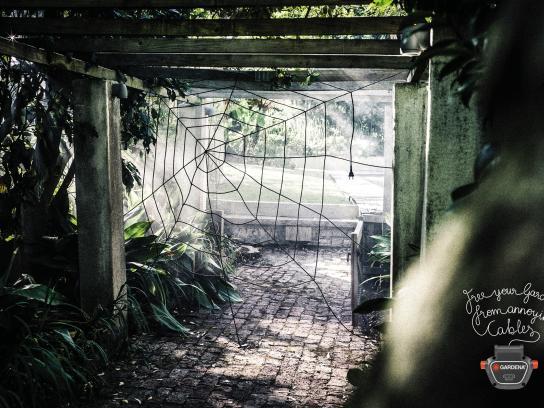 Gardena Print Ad - Spiderweb