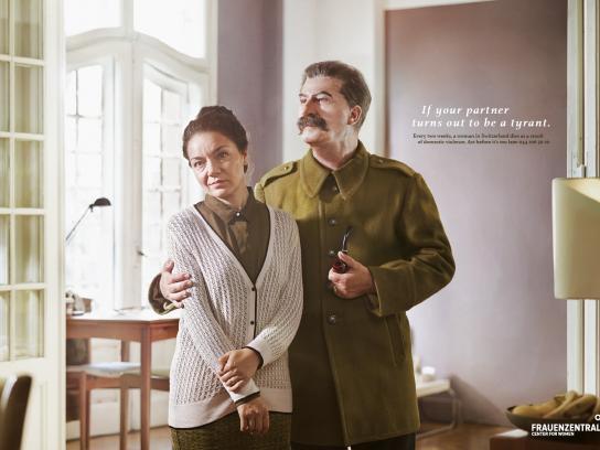 Frauenzentrale Print Ad -  Stalin