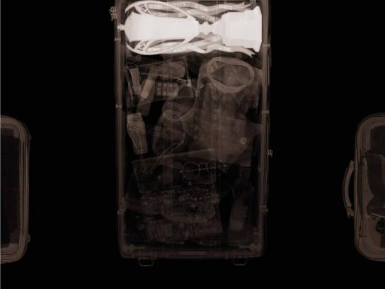 Guinness Print Ad -  Suitcase