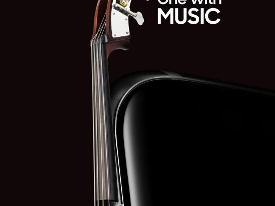 Samsung Print Ad - Musical Instruments