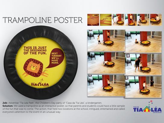 Casa da Tia Lea Ambient Ad -  Trampoline poster