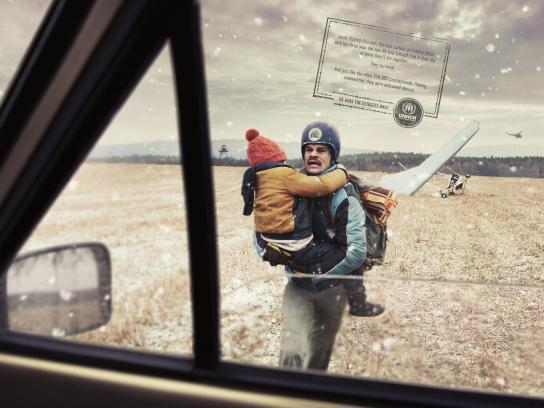 UNHCR Print Ad - Hang glider