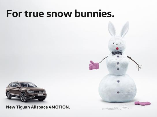 Volkswagen Outdoor Ad - Snow Bunnies