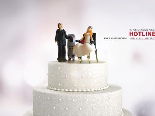 The National Domestic Violence Hotline Print Ad -  Wedding cake, 1