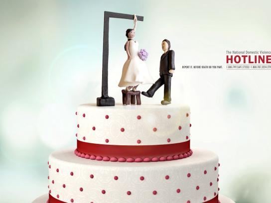 The National Domestic Violence Hotline Print Ad -  Wedding cake, 2